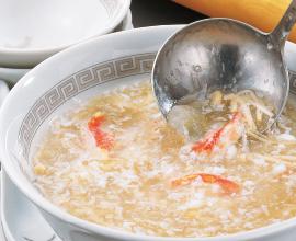 卵白蟹入りフカヒレスープ